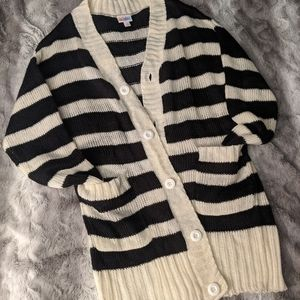 S LuLaRoe Caroline Striped Cardigan